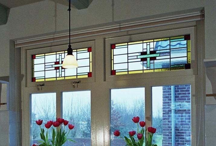 glas in lood in bovenlichten