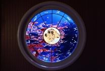 glas in lood raam met sterrenbeeld leeuw