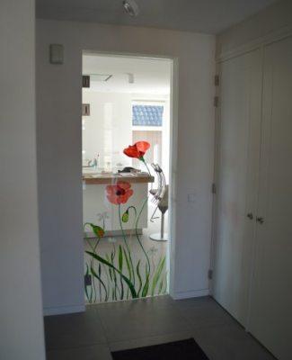 glazen deur gebrandschilderde klaprozen edelglas
