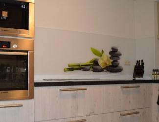 keuken achterwand edelglas zen