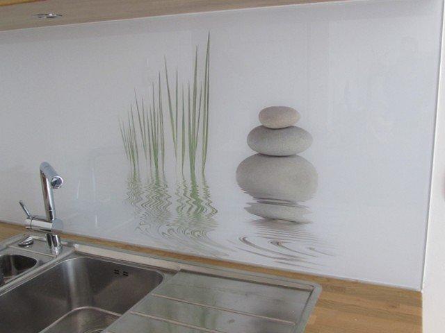 Spatscherm Keuken Glas : Glazen achterwand keuken edelglas glazen achterwand op maat