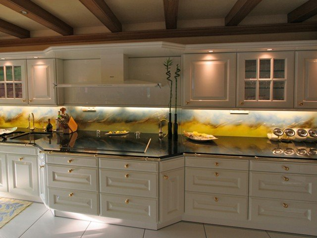 Geel De Keuken : Glazen achterwand keuken glasatelier edelglas