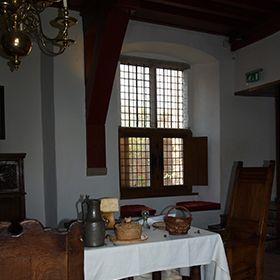 Restaureren van glas in lood