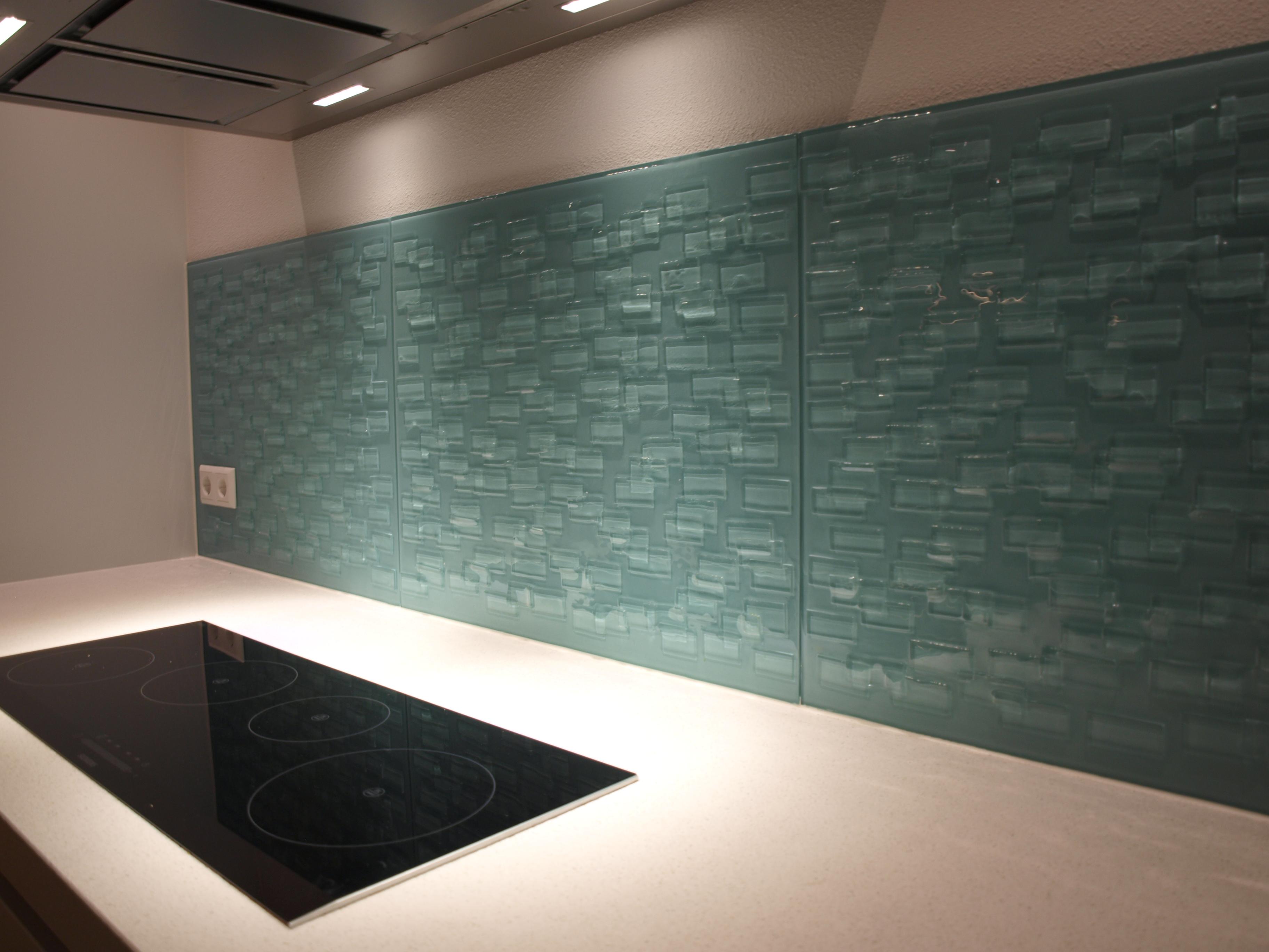 Keuken achterwand glas in Amsterdam geplaatst